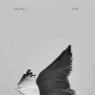 آلبوم Air موسیقی پیانو کلاسیکال آرام عمیق و تامل برانگیز از Heinali