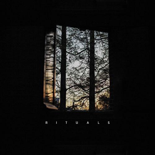 Rituals آلبوم موسیقی امبینت رازآلود و تاریک اثری از Corre