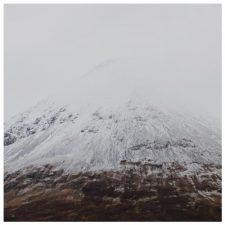 موسیقی بی کلام آرام و عمیق Undone اثری از Angus MacRae