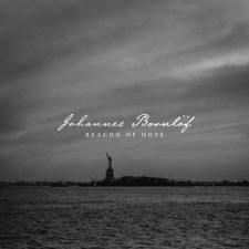 آهنگ Beacon of Hope موسیقی پیانو بی کلام الهام بخش از Johannes Bornlof