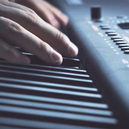 آهنگ Te Quise Amar موسیقی پیانو آرامش بخش از Jurrivh