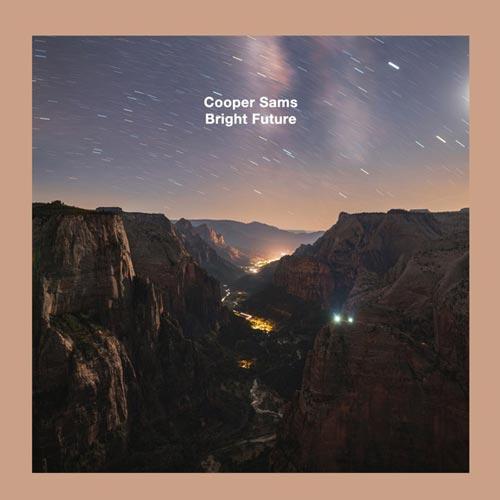 موسیقی پیانو امبینت Bright Future اثری تامل برانگیز از Cooper Sams