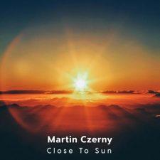 موسیقی بی کلام Close to Sun اثری آرام بخش و عرفانی از Martin Czerny