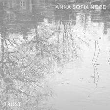 تکنوازی پیانو آرامش بخش Anna Sofia Nord در آهنگ Trust