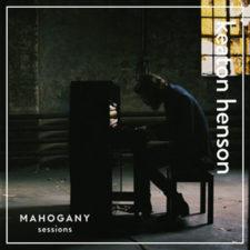موسیقی بی کلام Mahogany اثری از Keaton Henson