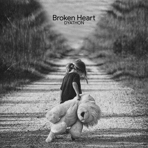 موسیقی بی کلام Broken Heart اثری از DYATHON