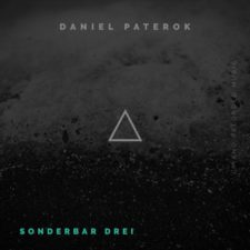 Sonderbar Drei پیانو سرشار از آرامش و آسودگی اثری از Daniel Paterok