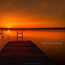 آهنگ بی کلام Ephemerality پیانو آرامش بخش از Edvard Kravchuk