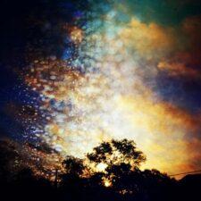 موسیقی بی کلام Million Sunflake Sparkles اثری عمیق و تامل برانگیز از City of Dawn