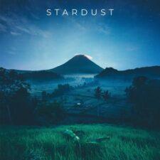 موسیقی داون تمپو Stardust اثری از Morninglightmusic