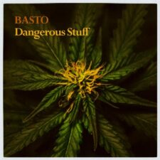 چیزهای خطرناک ، موسیقی پراگرسیو هاوس پرانرژی از باستو