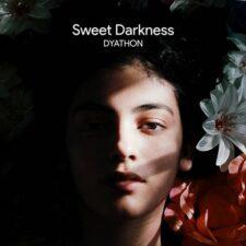 تاریکی شیرین ، موسیقی پیانو الهام بخش از دیاتون