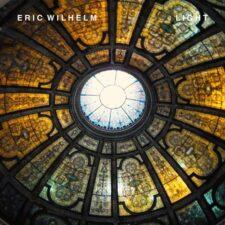 پرتو ، موسیقی پیانو عمیق و تامل برانگیز اریک ویلهلم