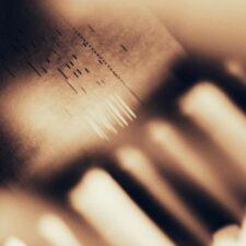جایی دیگر ، موسیقی پیانو آرامش بخش و احساسی از آکیرا کوزمورا