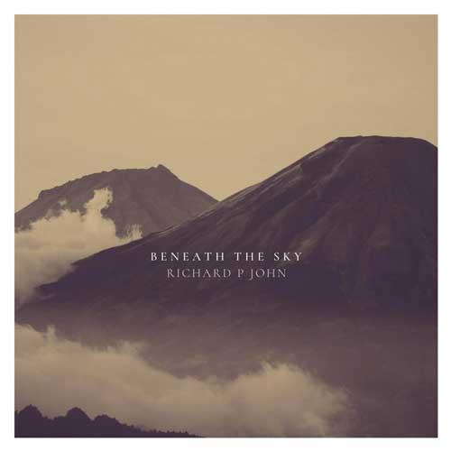 زیر آسمان ، موسیقی امبینت عمیق و تامل برانگیز از ریچارد پی جان