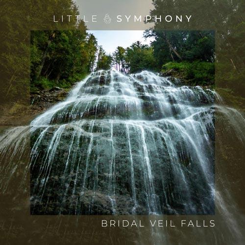 آبشار بریدال ویل ، موسیقی امبینت آرامش بخش از لیتل سمفونی